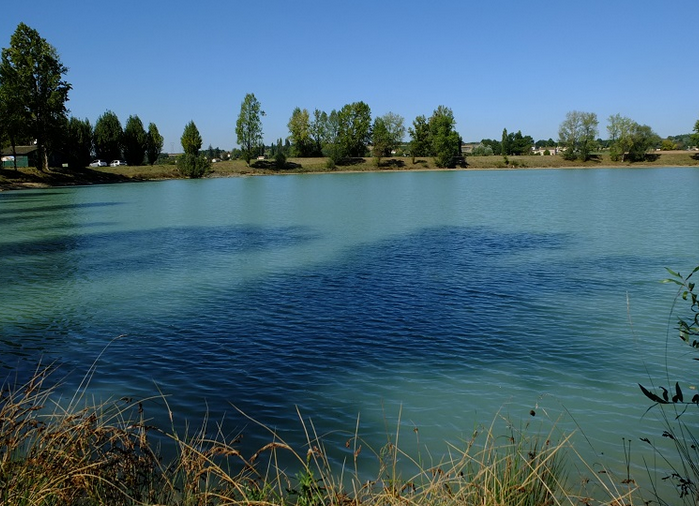 Lac de 9 fontaines